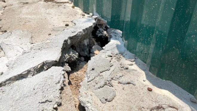 Người dân bất an vì đê sông Hồng lún, nứt do thi công dự án nhà máy nước mặt sông Hồng ảnh 3