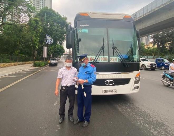 Hà Nội siết chặt hoạt động xe khách liên tỉnh để phòng dịch Covid-19 ảnh 1