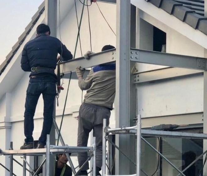 Chủ đầu tư khu đô thị Gamuda Gardens bị phạt hành chính, buộc tháo dỡ thang máy sai thiết kế ảnh 1
