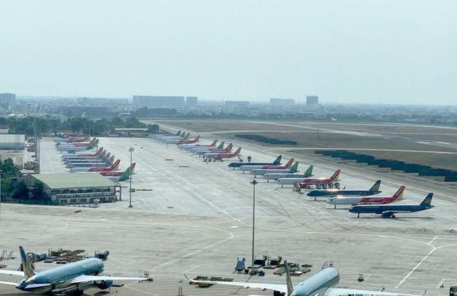 Tàu bay nằm chờ la liệt, hàng không Việt vẫn ồn ã mở rộng đội bay ảnh 1
