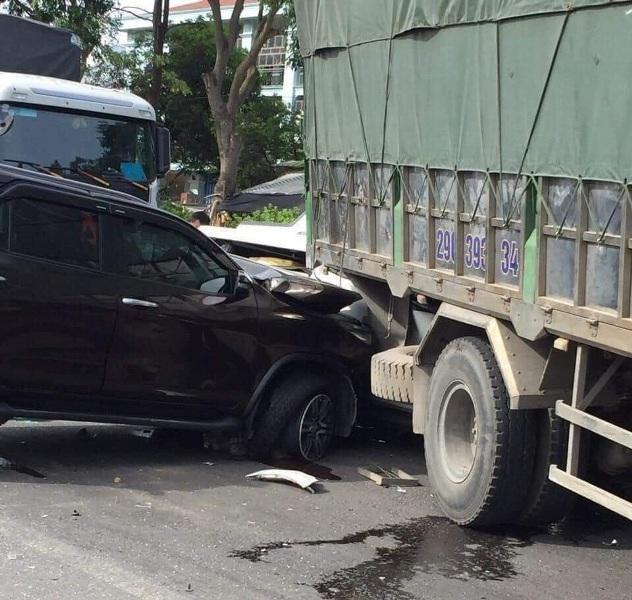 Hé lộ nguyên nhân khiến lái xe bồn gây tai nạn liên hoàn 9 ô tô, làm 1 người chết ảnh 1
