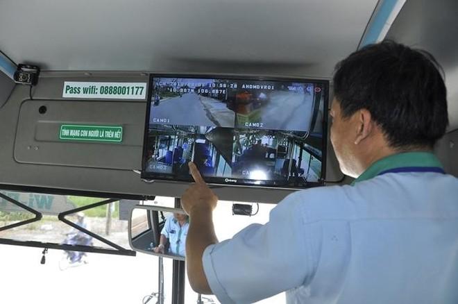 Chưa xử phạt xe khách, xe tải chưa lắp camera giám sát hành trình ảnh 1