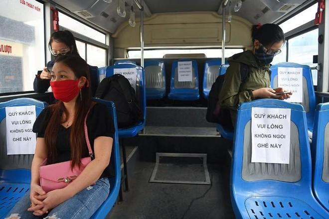 Đề xuất khách đi xe buýt phải có xét nghiệm Covid-19: Khách nào đi cuốc xe buýt 230.000 đồng? ảnh 2