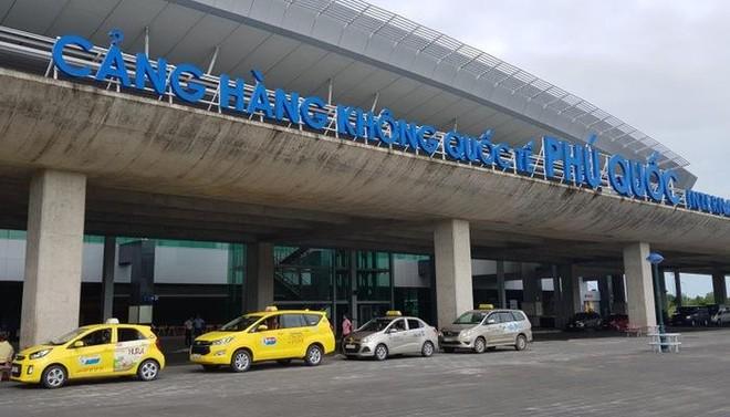 Góp ý về kế hoạch thí điểm mở cửa Phú Quốc đón khách nước ngoài có hộ chiếu vaccine, Bộ Giao thông nói gì? ảnh 1