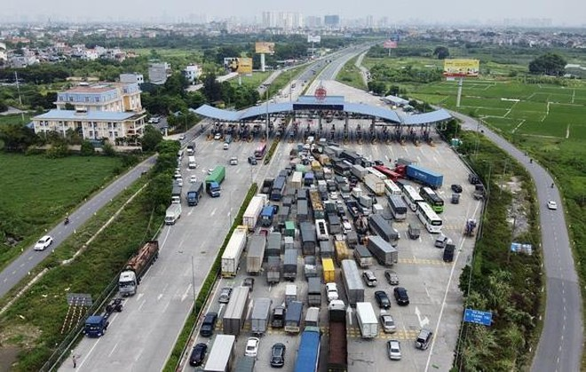 Xe chở hàng hóa muốn đi qua hoặc vào Hà Nội di chuyển như thế nào? ảnh 1