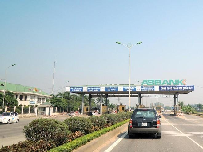 Đường hư hỏng mất an toàn, nhà đầu tư BOT quốc lộ 2 Nội Bài- Vĩnh Yên chưa bàn giao dự án ảnh 1