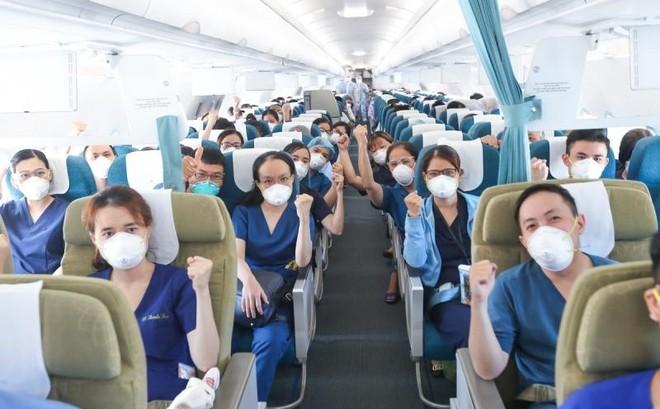 200 y bác sĩ từ miền Trung vào Nam hỗ trợ chống dịch ảnh 4