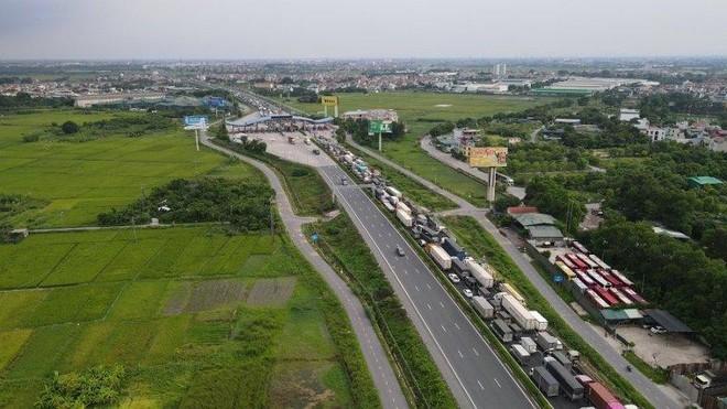 Trạm thu phí cao tốc Pháp Vân- Cầu Giẽ ùn tắc dài 3km, nguyên nhân do đâu? ảnh 4