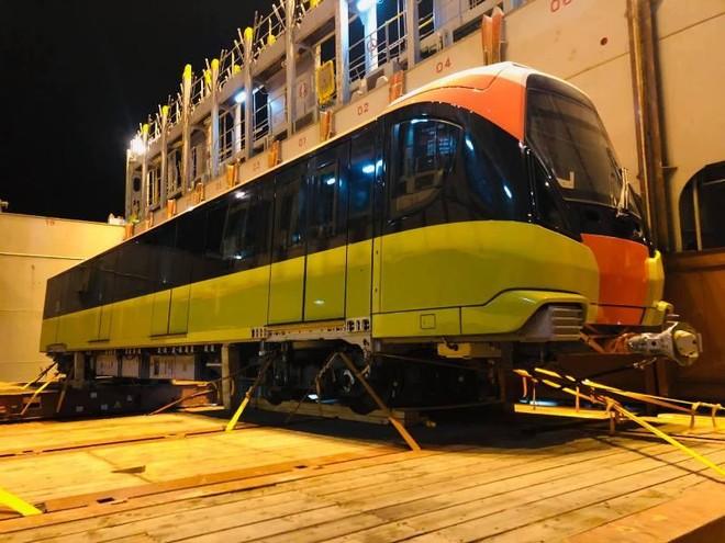 Đoàn tàu thứ chín dự án đường sắt Nhổn- Ga Hà Nội cập cảng Hải Phòng ảnh 1