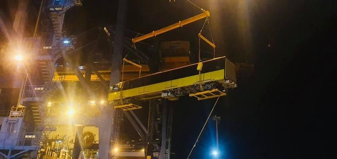 Đoàn tàu thứ chín dự án đường sắt Nhổn- Ga Hà Nội cập cảng Hải Phòng ảnh 2
