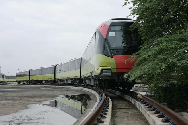 Metro Nhổn- Ga Hà Nội không kịp khai thác đoạn trên cao vào cuối năm nay ảnh 1