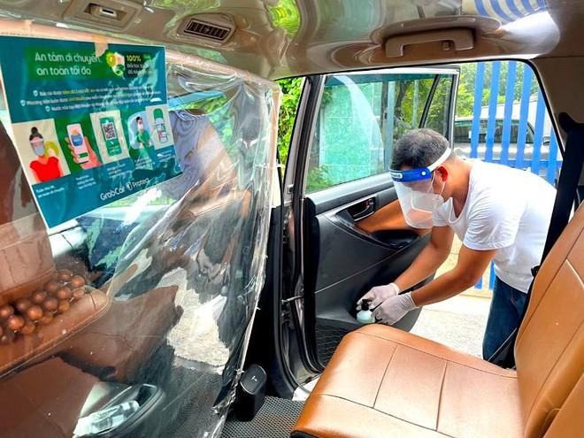 Grab mở lại dịch vụ GrabCar tại Hà Nội, đảm bảo các tiêu chuẩn an toàn ảnh 2