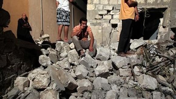 Phe chống đối Libya đang cạn tiền ảnh 1