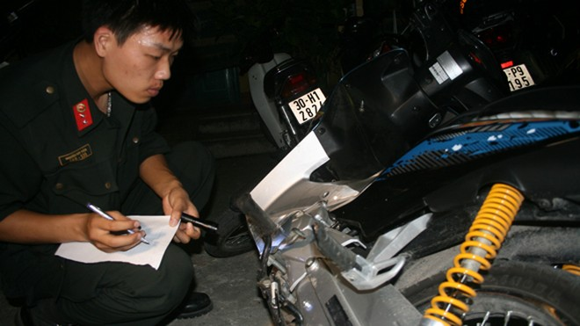 Kiểm tra phương tiện dùng để đua xe