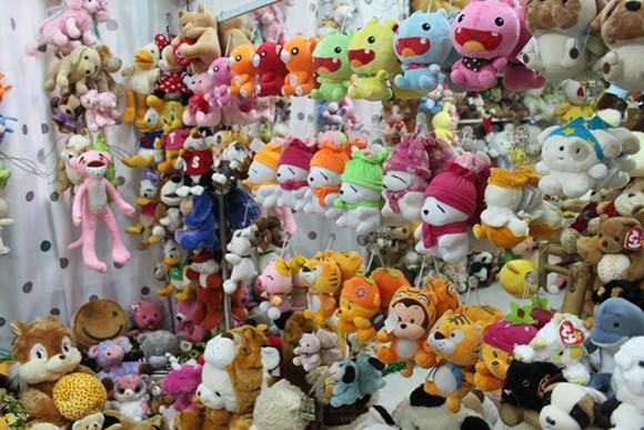 """Thị trường 8-3: Hoa """"xịn"""" nhập khẩu, giá cao vẫn đắt hàng ảnh 4"""