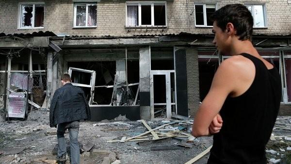 """Kiev sẽ """"dọn sạch"""" Donesk và Lugansk trước ngày quốc khánh? ảnh 1"""