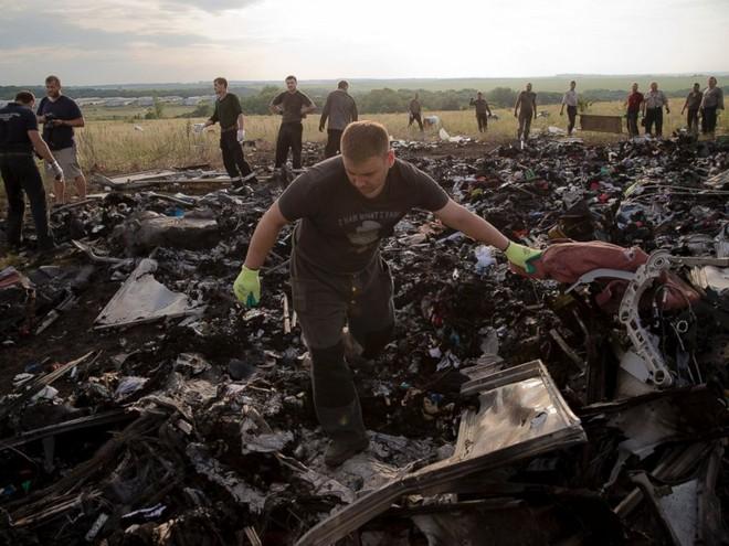 """Tổng thống Ukraine bị kết tội """"ngộ sát do bất cẩn"""" trong vụ MH17 ảnh 1"""