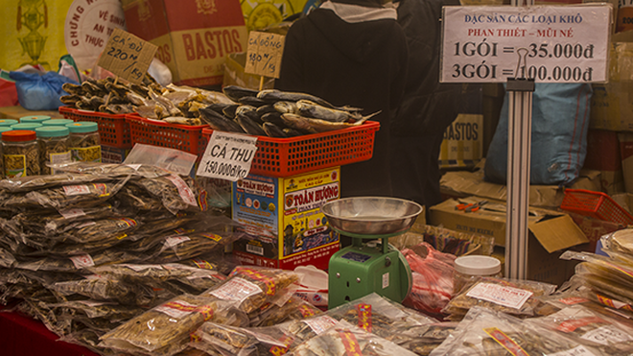 Nhiều nét độc đáo tại hội chợ Xuân đón Tết cổ truyền Giáp Ngọ ảnh 1