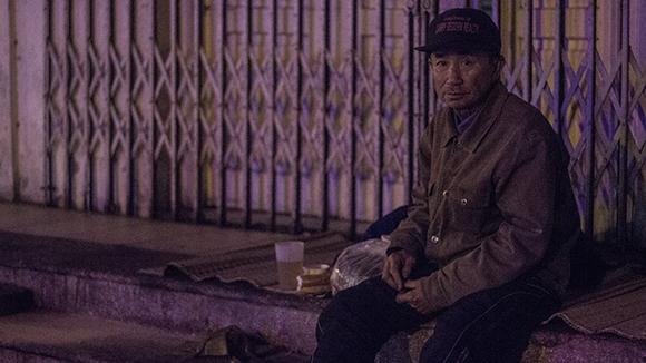 """Ấm lòng trong """"Đêm không ngủ"""" với người vô gia cư ảnh 13"""
