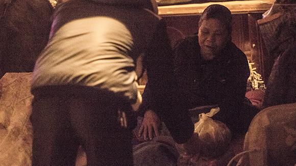 """Ấm lòng trong """"Đêm không ngủ"""" với người vô gia cư ảnh 4"""