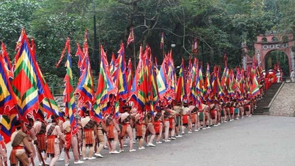 Đặc sắc các hoạt động tại lễ hội Đền Hùng 2014 ảnh 2