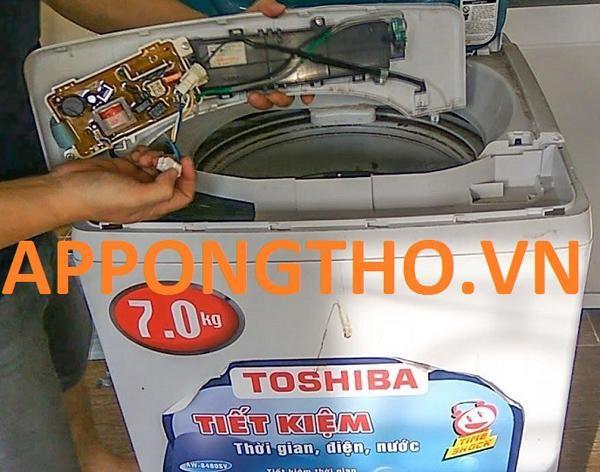 Gọi ngay bảo hành máy giặt Toshiba nếu gặp phải những lỗi sau ảnh 2