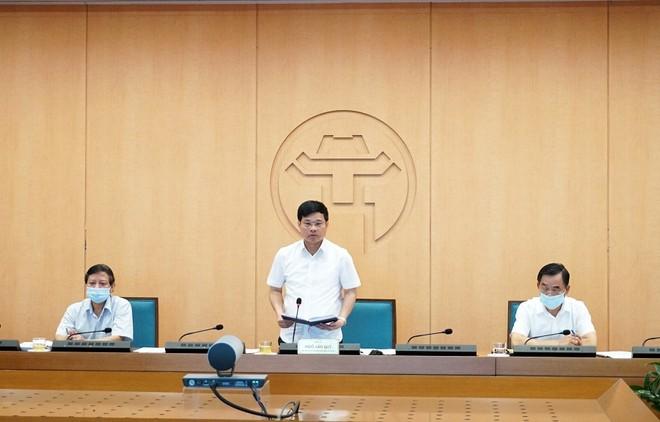 Phó Chủ tịch UBND TP Hà Nội băn khoăn về con số 100% nhà hàng đảm bảo giãn cách ảnh 1