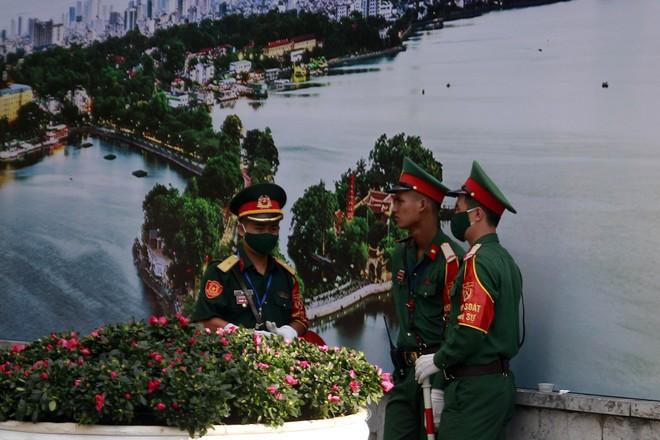 Hà Nội: Thường trực Thành ủy kiểm tra công tác phục vụ Đại hội Đảng bộ thành phố ảnh 11