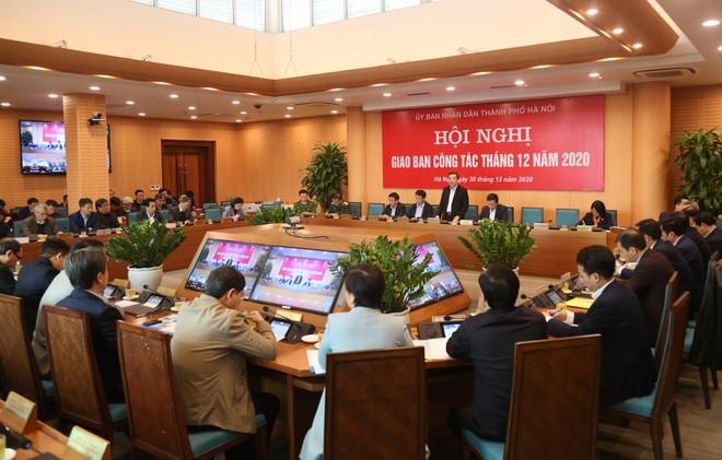 Chủ tịch Hà Nội: Bám sát, giải quyết tận cùng công việc để phục vụ chu đáo nhân dân đón Tết ảnh 1