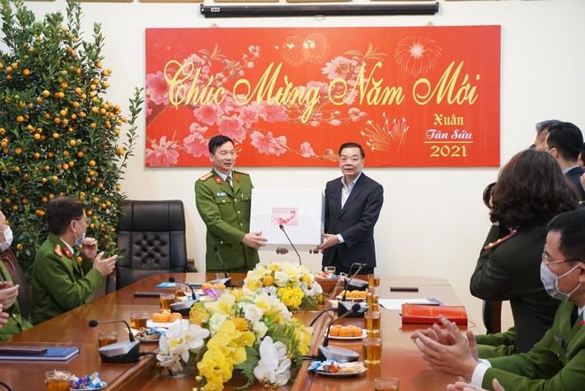 """Chủ tịch UBND TP Hà Nội: Nỗ lực để xứng đáng với thương hiệu """"Số 7 Thiền Quang"""" anh hùng ảnh 2"""