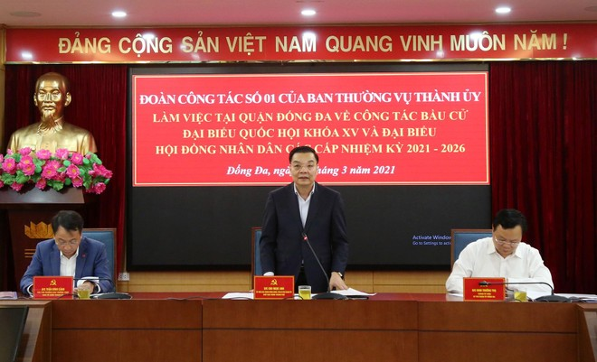 Chủ tịch Hà Nội kiểm tra công tác phục vụ bầu cử tại quận Đống Đa ảnh 1