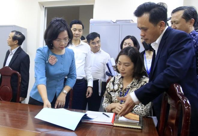 Đoàn công tác số 10 của Ban Thường vụ Thành ủy làm việc với quận Thanh Xuân về công tác phục vụ bầu cử ảnh 2