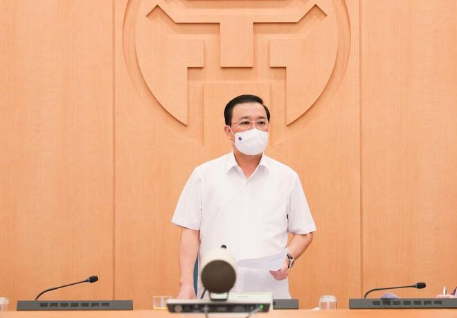 Phó Chủ tịch UBND TP Hà Nội: Người dân lơ là, doanh nghiệp chủ quan thì không thể chống dịch Covid-19 thành công ảnh 2