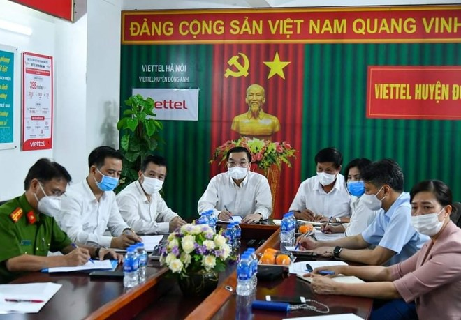 Chủ tịch Hà Nội kiểm tra công tác phong tỏa, họp trực tuyến khẩn để nhanh chóng dập dịch ảnh 2