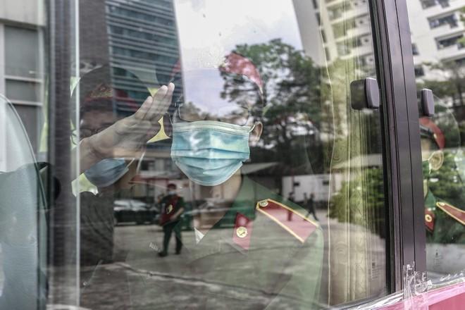 132 sinh viên Học viện Quân y lên đường chi viện Bắc Ninh dập dịch ảnh 1