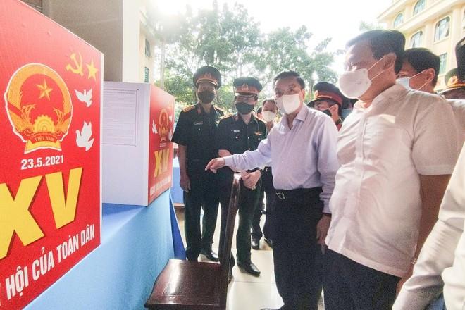 Hà Nội: Phải tiếp tục rà soát, hoàn thiện phương án phòng dịch ở mỗi điểm bầu cử ảnh 1