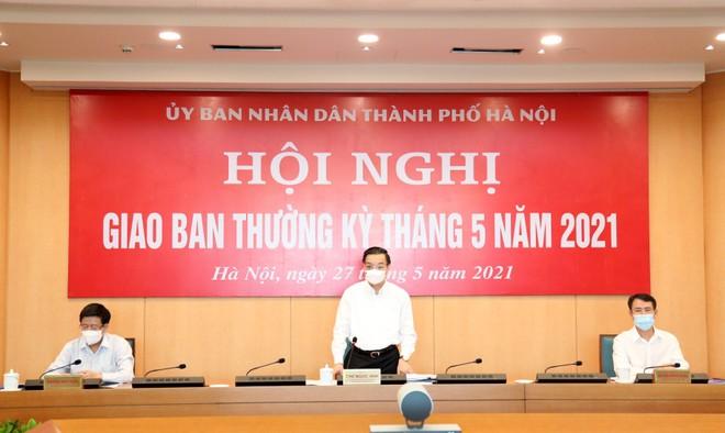 Chủ tịch Hà Nội: Phát triển kinh tế phải quyết liệt như chống dịch ảnh 1