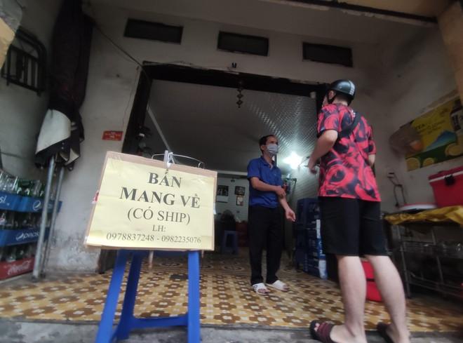 Hà Nội: Đóng cửa hàng cắt tóc, gội đầu, nhà hàng ăn uống, chỉ được bán mang về từ 0h ngày 13-7 ảnh 1