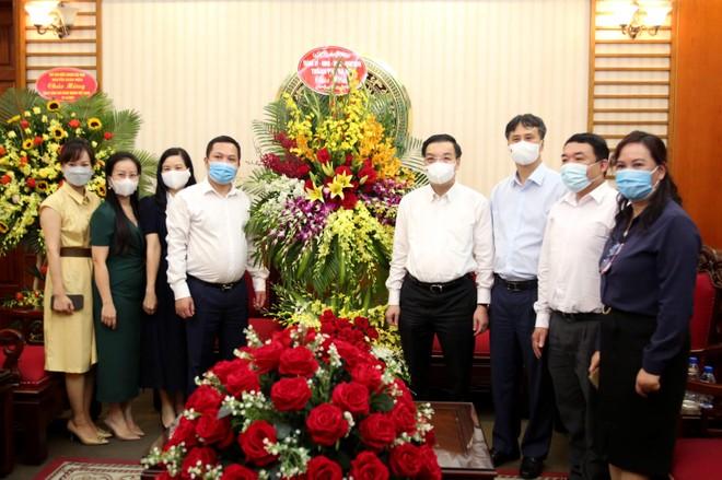 Chủ tịch Hà Nội thăm, chúc mừng các cơ quan báo chí nhân 96 năm Ngày Báo chí Cách mạng Việt Nam ảnh 2