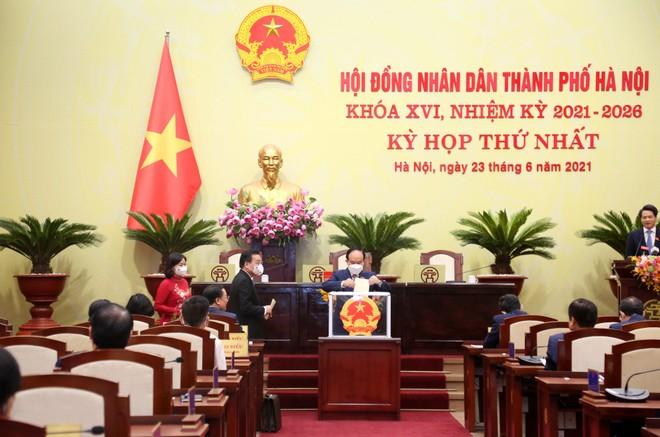 Ông Nguyễn Ngọc Tuấn được bầu làm Chủ tịch HĐND TP Hà Nội nhiệm kỳ 2021-2026 ảnh 1