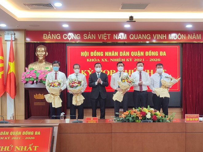Ông Lê Tuấn Định được bầu giữ chức Chủ tịch UBND quận Đống Đa nhiệm kỳ 2021-2026 ảnh 2