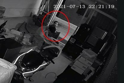 Nhân chứng kể chuyện vô tình tiếp xúc với tử tù mắc Covid-19 trốn trại ở TP.HCM ảnh 1