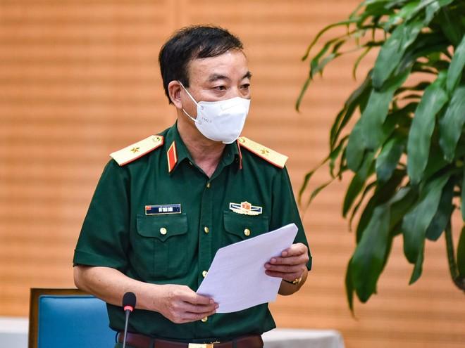 Hà Nội: Quân đội phụ trách vận chuyển vaccine Covid-19 về 30 quận, huyện ảnh 1