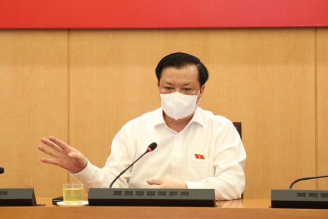 Bí thư Thành ủy Hà Nội chỉ đạo phun khử khuẩn diện rộng, chủ động ngăn chặn và khống chế dịch Covid-19 ảnh 1