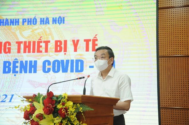 Chủ tịch Hà Nội: Sự chung tay của nhân dân, doanh nghiệp là nguồn động viên, tiếp sức quý báu để phòng chống Covid-19 ảnh 2