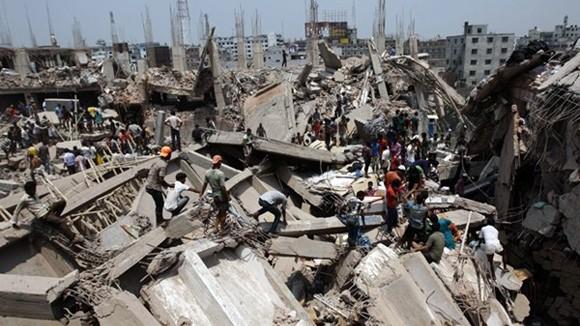 Đã có 620 người chết trong tai nạn sập tòa nhà 8 tầng ảnh 1