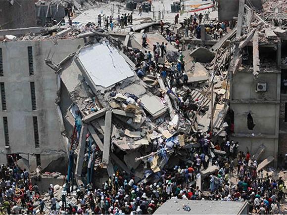 Số người chết trong vụ sập tòa nhà 8 tầng ở Bangladesh vượt quá 900 ảnh 1
