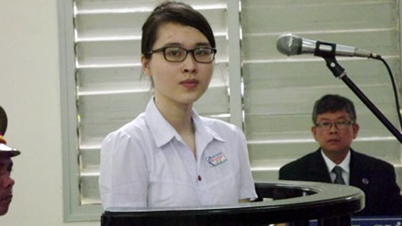 Tòa tuyên phạt Nguyễn Phương Uyên 6 năm tù ảnh 1