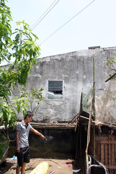 Sửa mái nhà, một thanh niên bị điện giật tử vong ảnh 1