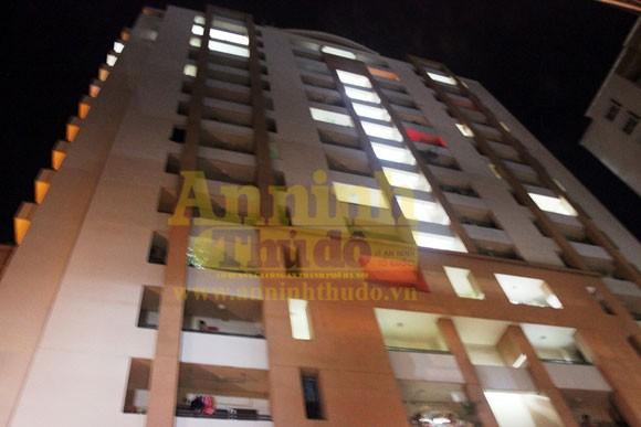 Kinh hoàng nam sinh viên nhảy tầng 12 chung cư tử vong ảnh 1